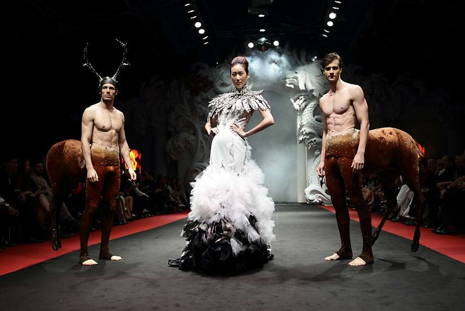 A model showcases On Aura Tout Vu designs by Livia Stoianova and Yassen Samouilov on closing day of French Couture Week 2012 Singapore at The Shoppes at Marina Bay Sands on December 2, 2012 in Singapore. Photo: Suhaimi Abdullah, Getty Images
