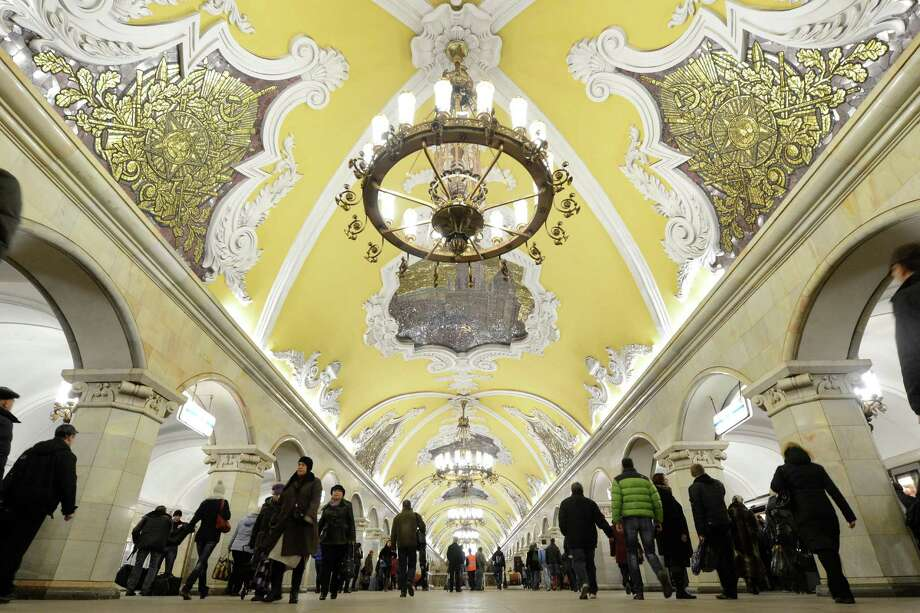 A general view of Komsomolskaya metro station of the Koltsevaya Line in Moscow subway, on Nov. 2, 2012. The station was opened in 1952. Photo: KIRILL KUDRYAVTSEV, AFP/Getty Images / AFP