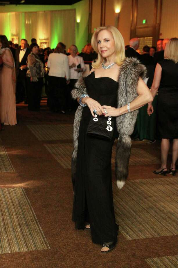 When socialite Carolyn Farb isn't looking fabulous on the party circuit, she's a tireless philanthropist supporting medical research, children's charities, the arts and environmental causes. The Houston native quite literally raised millions of dollars for charity. Photo: Bill Olive, For The Chronicle / Freelance