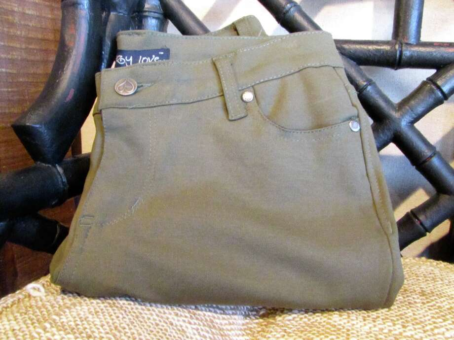 Army Green Jeggings, Splash of Karma, Nederland, $38