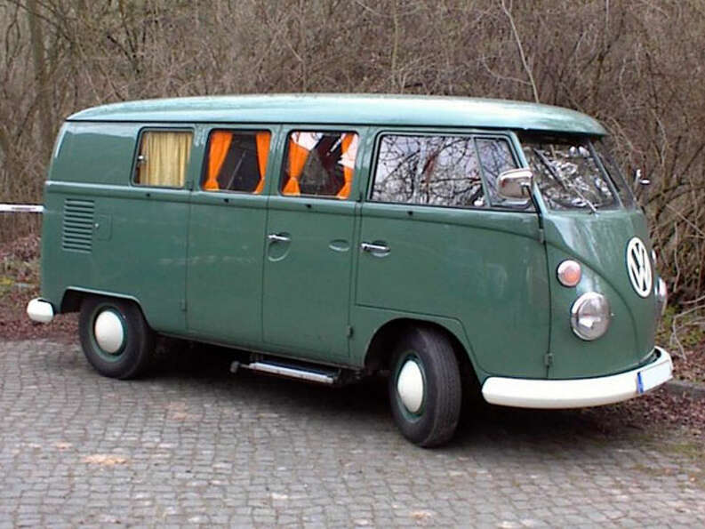 Yes, the venerable Microbus, or Kombi. Whatever you call it, it's a great way to ride through the