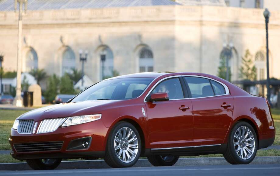 The 2009 Lincoln MKS sedan. (Wieck / Wieck)