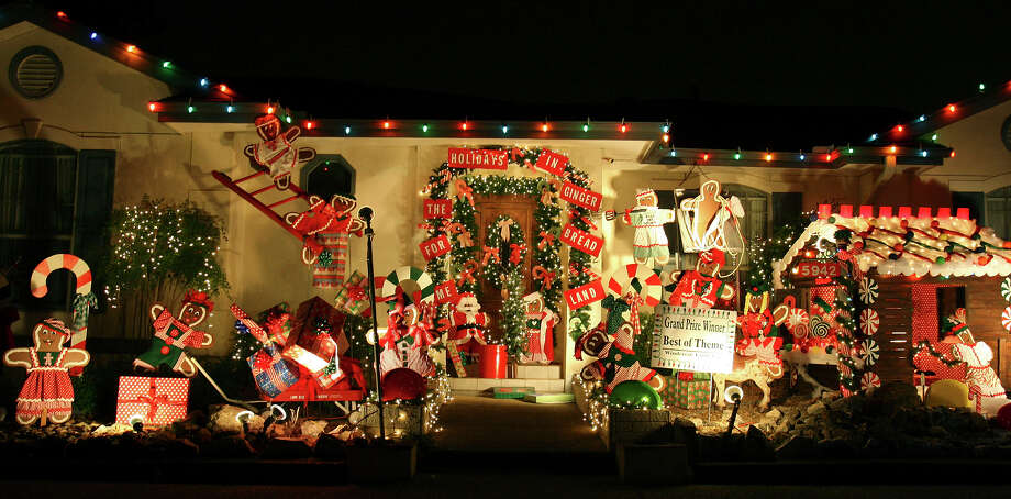 """A Gingerbread Christmas for Windcrest"" at 5942 Brook Falls in Windcrest was recognized in 2008 as the grand prize ""Best of Theme"" home during the annual Windcrest Light-Up. Photo: EDWARD A. ORNELAS, Edward A. Ornelas / San Antonio Express-News / eornelas@express-news.net"