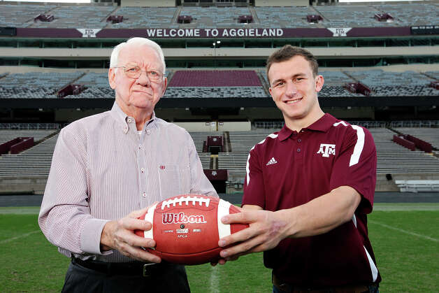 Portrait of 1957 Heisman Trophy winner Texas A&M running back John David Crow (left) and current Texas A&M freshman quarterback Johnny Manziel, Dec. 4, 2012 at Kyle Field in College Station. Photo: Edward A. Ornelas, San Antonio Express-News / © 2012 San Antonio Express-News