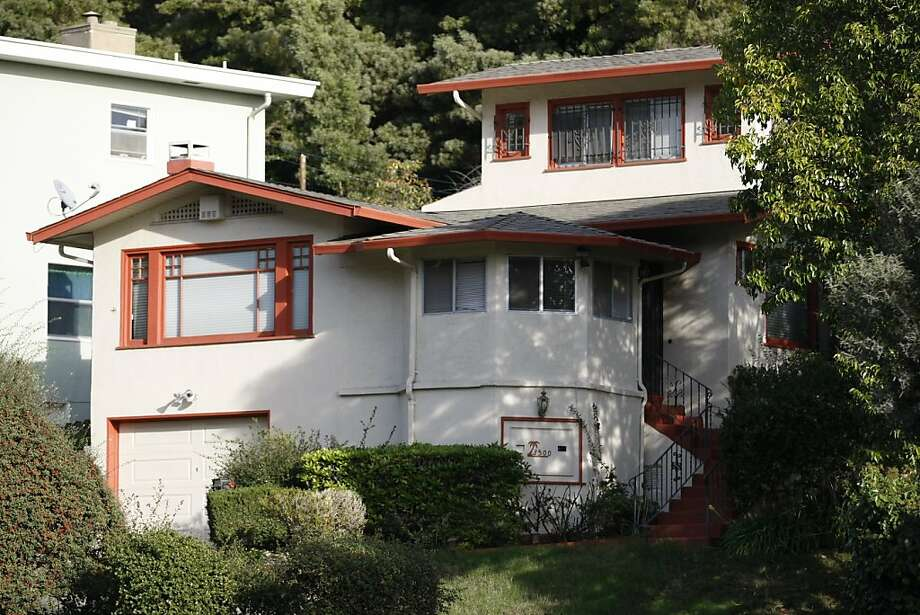 Ex-GM Rick Fernandez quit making payments on this house. Photo: Rashad Sisemore, The Chronicle