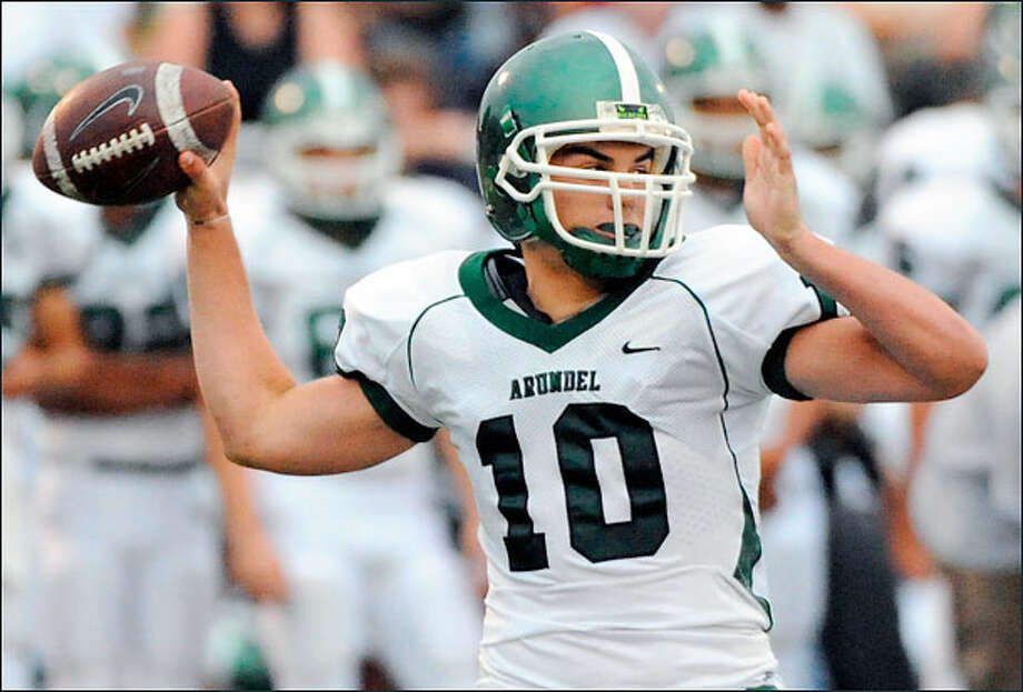 Billy Cosh could compete for the starting quarterback job at UH. (Photo by Associated Press)