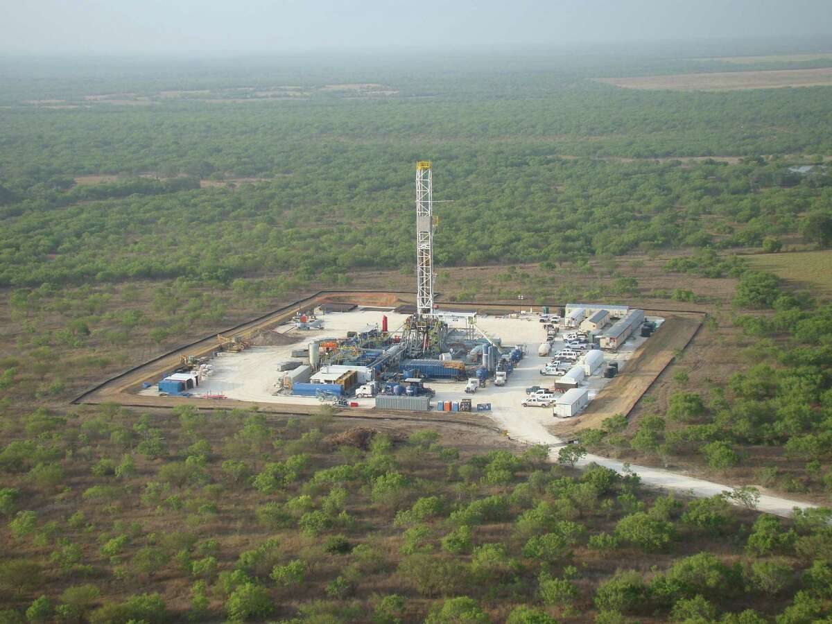 Drilling at Marathon Oil Corp.'s operations in the Eagle Ford Shale formation in South Texas. (Photo courtesy of Marathon Oil)