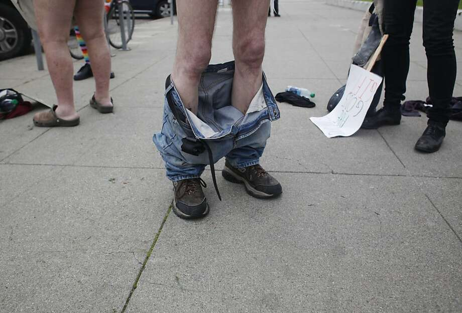 Chuck Newell of San Francisco dropped his trousers and not his opposition to the supervisors' vote to limit public nudity. Photo: Mike Kepka, The Chronicle