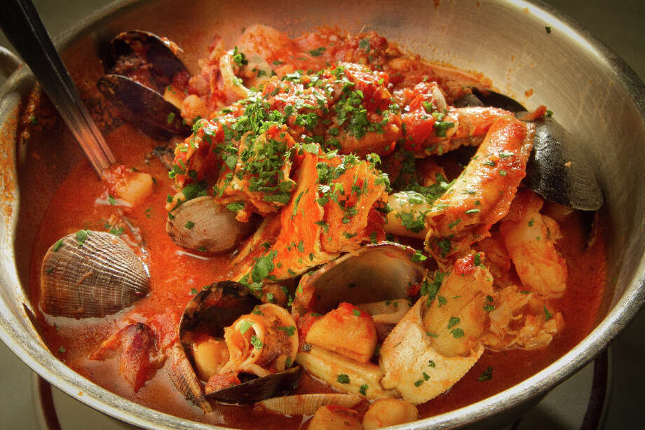 Sotto Mare: Cioppino Photo: John Storey, Special To The Chronicle / SFC