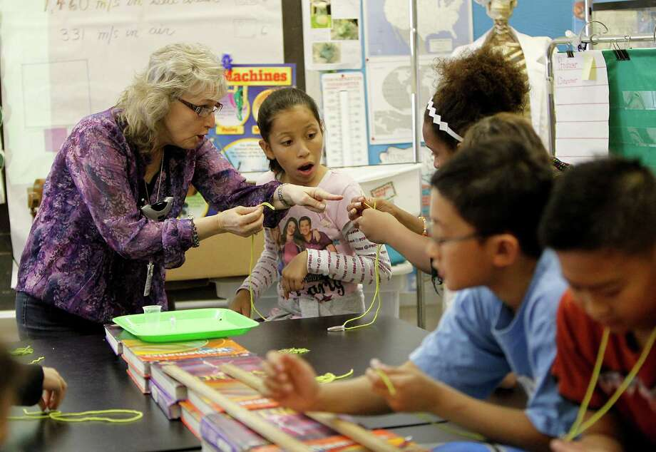 >>>Check out which Houston-area school districts pay their middle, elementary school teachers the most. Photo: Karen Warren, Houston Chronicle / © 2012  Houston Chronicle