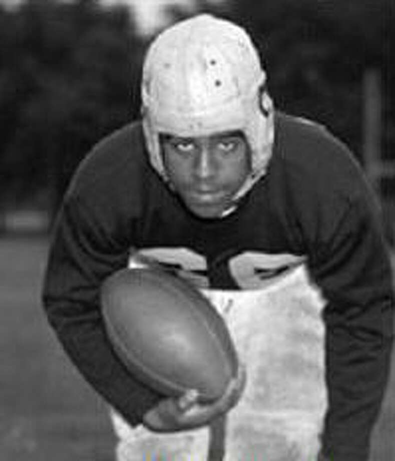 BUDDY YOUNG, 1944School, position: Illinois, RB  Heisman finish: Fifth Heisman winner: Les Harvath, Ohio State QB Why he was considered: Young tied a Big Ten record for rushing touchdowns and averaged 8.9 yards a carry.  Why he didn't win: Second- and third-place winners, Glenn Davis and Doc Blanchard, respectively, might have canceled themselves out, leaving Harvath of the unbeaten Buckeyes with the trophy. Photo: University Of Illinois