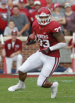 SECOND TEAM OFFENSE  TE/FB: Trey Millard, OU, Jr. Photo: Sue Ogrocki, Associated Press / AP