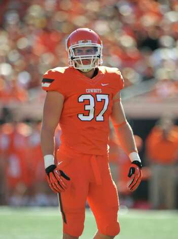 SECOND TEAM DEFENSE LB: Alex Elkins, OSU, Sr. Photo: Brody Schmidt, Associated Press / FR79308 AP