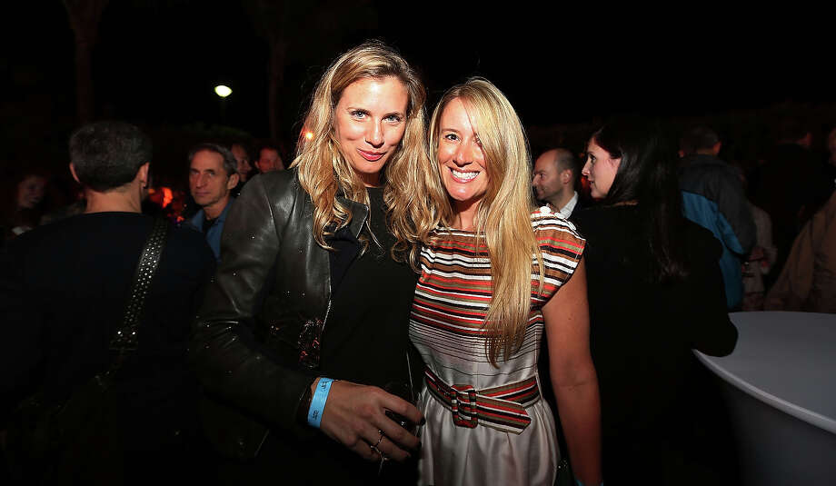MIAMI BEACH, FL - DECEMBER 03:  (L-R) Vanessa & Natalia attend the Design Miami Cocktail Reception at W South Beach Hotel & Residences on December 3, 2012 in Miami Beach, Florida. Photo: Aaron Davidson, Getty Images For W Hotel / 2012 Getty Images