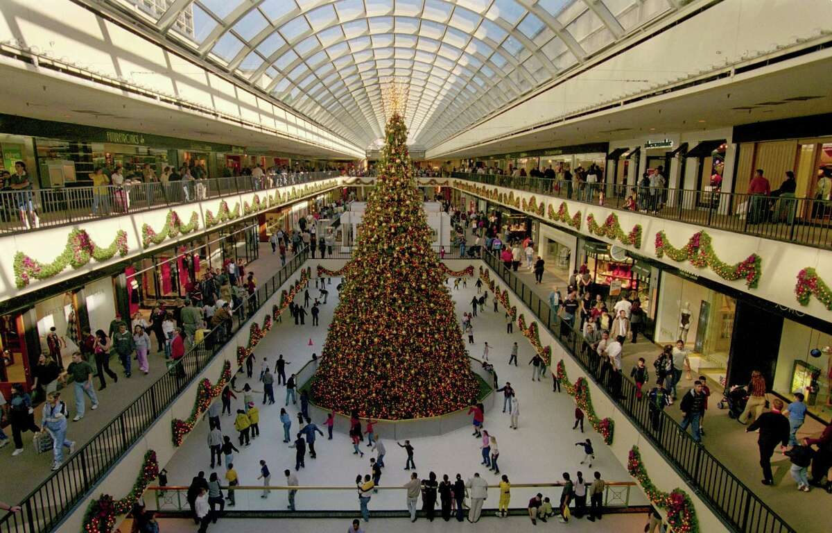 The Galleria is the biggest mall in Texas.