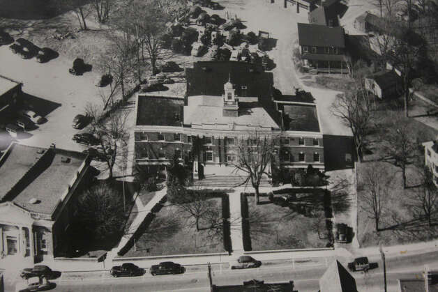 An aerial photo of Town Hall from 1937 presented by KSQ Architects at the Town Hall Building Committee meeting on Dec. 3, 2012. New Canaan, Conn. Photo: Contributed