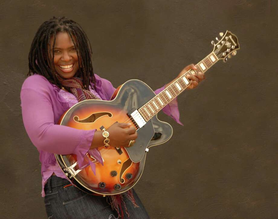 Ruthie Foster (The Egg)