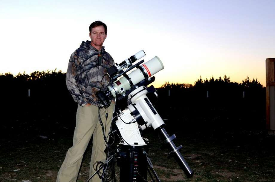 Pro golfer Jimmy Walker with the widefield setup he uses to photograph stars Photo: Courtesy Jimmy Walker