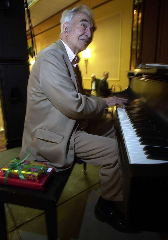 Jazz musician Dave Brubeck rehearses for a concert on his 81st birthday at Hyatt Regency hotel in Buffalo, N.Y., Thursday, Dec. 6, 2001. The concert is to benefit The 'Computers For Children of America' organization. (AP Photo/David Duprey) (AP)