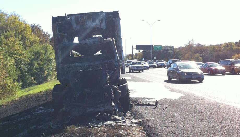 A burning truck slowed traffic on U.S. 281 Wednesday. Photo: Ana Ley/Express-News