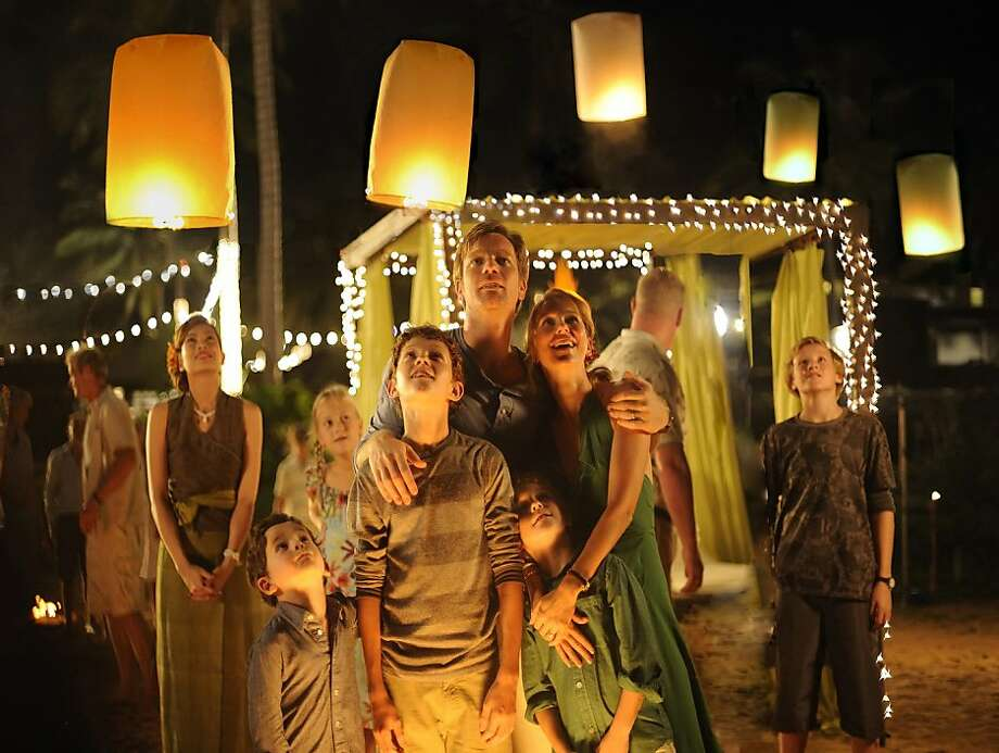 (L to R) SAMUEL JOSLIN, TOM HOLLAND, OAKLEE PENDERGAST, EWAN McGREGOR and NAOMI WATTS star in THE IMPOSSIBLE   (L to R)  SAMUEL JOSLIN,TOM HOLLAND, OAKLEE PENDERGAST,  EWAN McGREGOR and NAOMI WATTS star in THE IMPOSSIBLE Photo: Jose Haro, Summit Entertainment