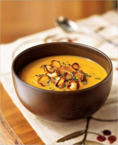 Carrot-Parsnip Soup with Parsnip Chips/pinterest.com