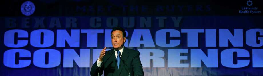 Henry Cisneros speaks during the Bexar County Contracting Conference luncheon Wednesday Dec. 5, 2012 at the Freeman Expo Hall. Photo: William Luther, San Antonio Express-News / © 2012 San Antonio Express-News
