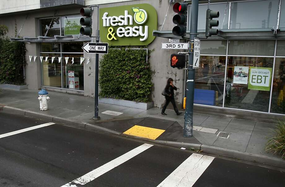 Fresh and Easy has three stores in San Francisco, inlcuding this Third Street, Bayview neighborhood store. Photo: Sarah Rice, Special To The Chronicle