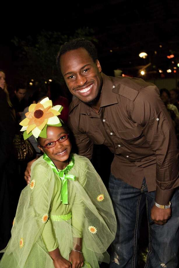 Vernon Davis at the Wender Weis Foundation for Children's 12th annual Halloween Heroes at the Exploratorium in San Francisco. Proceeds from the evening benefited the Junior Giants Baseball Program and the Exploratorium's Educational Outreach program. Photo: Drew Altizer, Special To The Chronicle