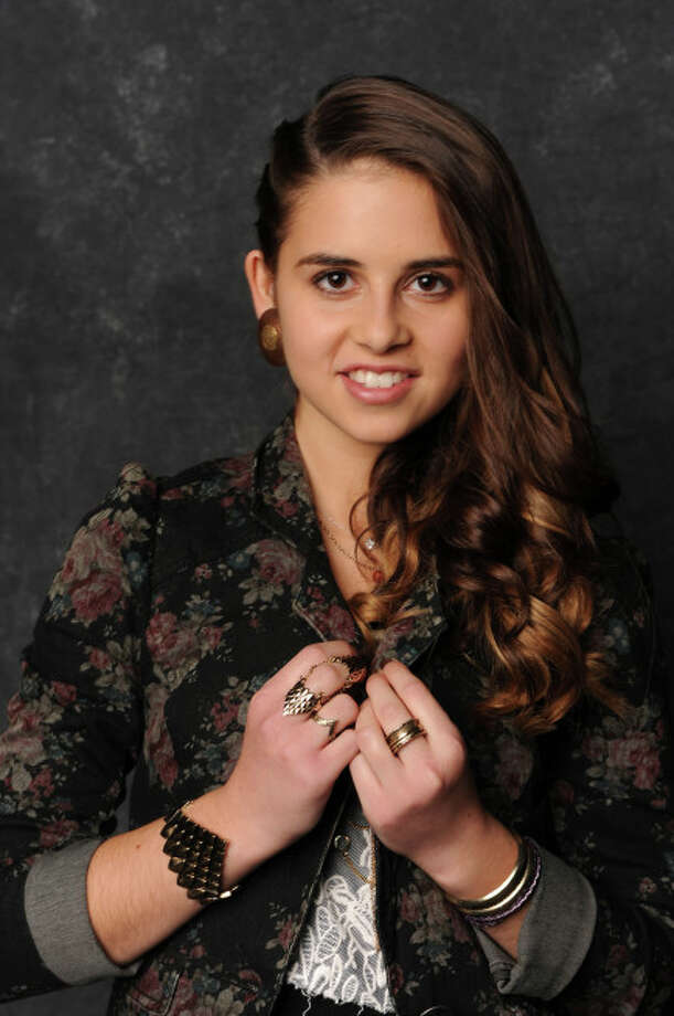 THE X FACTOR: Carly Rose Sonenclar. CR: Ray Mickshaw.