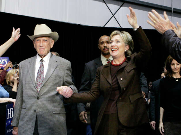 FILE - In this March 3, 2008, file photo, former U.S. Rep Jack Brooks escorts Hillary Rodham Clinton to the stage during a campaign stop at the Beaumont, Texas, Airport. Brooks, a Democrat who spent 42 years representing his Southeast Texas district, has died at age 89. (AP Photo/Carolyn Kaster, File) Photo: Carolyn Kaster, Associated Press / AP