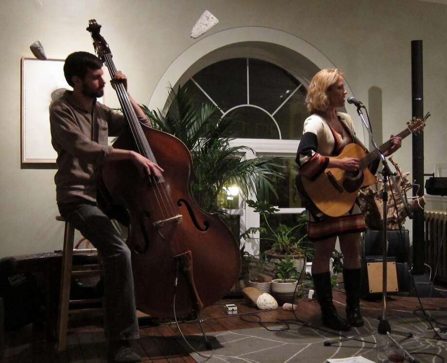Eric Margan and Katie Haverly - The Foundry for Art Design + Culture, Cohoes - Nov. 24th 2012 (Andrew Gregory)