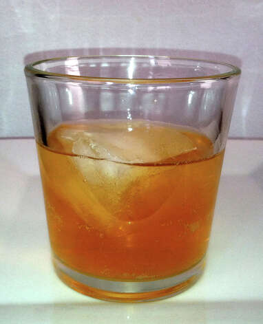 9. Vodka apple cider- 2 oz. sparkling apple cider (like Martinelli's)- 1 oz. vodka- 1/2 oz. lemon juice- 1/2 oz. simple syrupPour all the ingredients into a cocktail shaker with ice and shake -- but shake gently, since you've got sparkling cider in there. Strain into a martini or other cocktail glass, then garnish with whatever you want. We recommend a cinnamon stick and an apple slice.Recipe via Zimbio.com Photo: Scewing / Scewing (Wikimedia Commons)