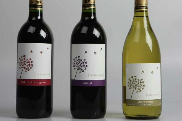 Value wines from Whole Foods. Photo: Helen L. Montoya, San Antonio Express-News / ©SAN ANTONIO EXPRESS-NEWS