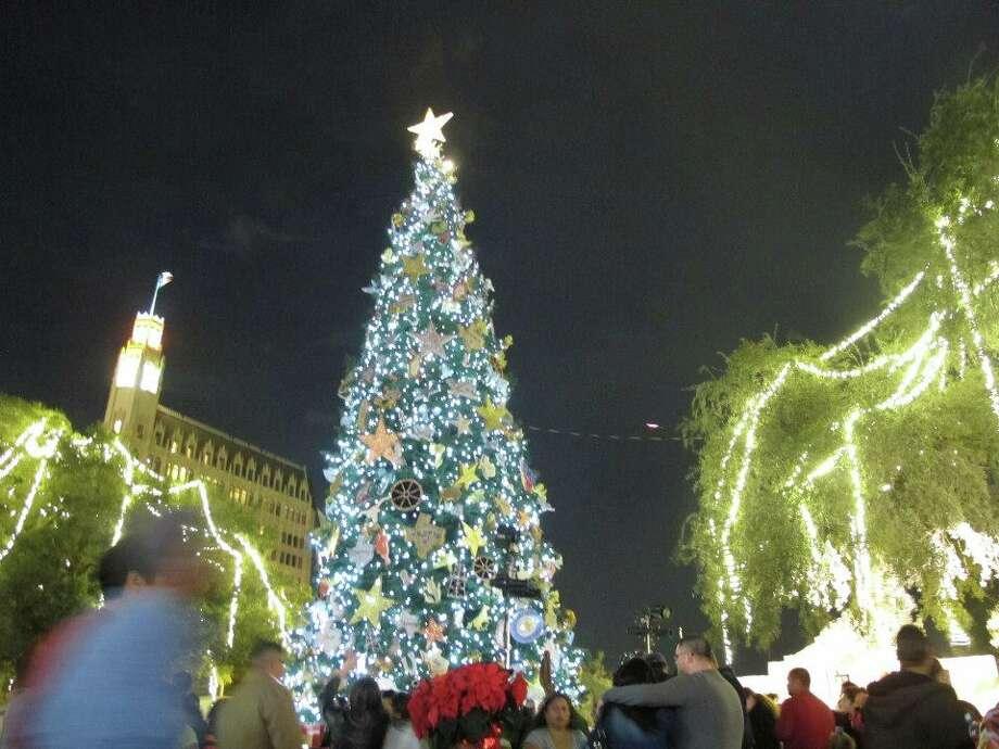 The H-E-B Christmas tree boasts 10,000 white LED lights.