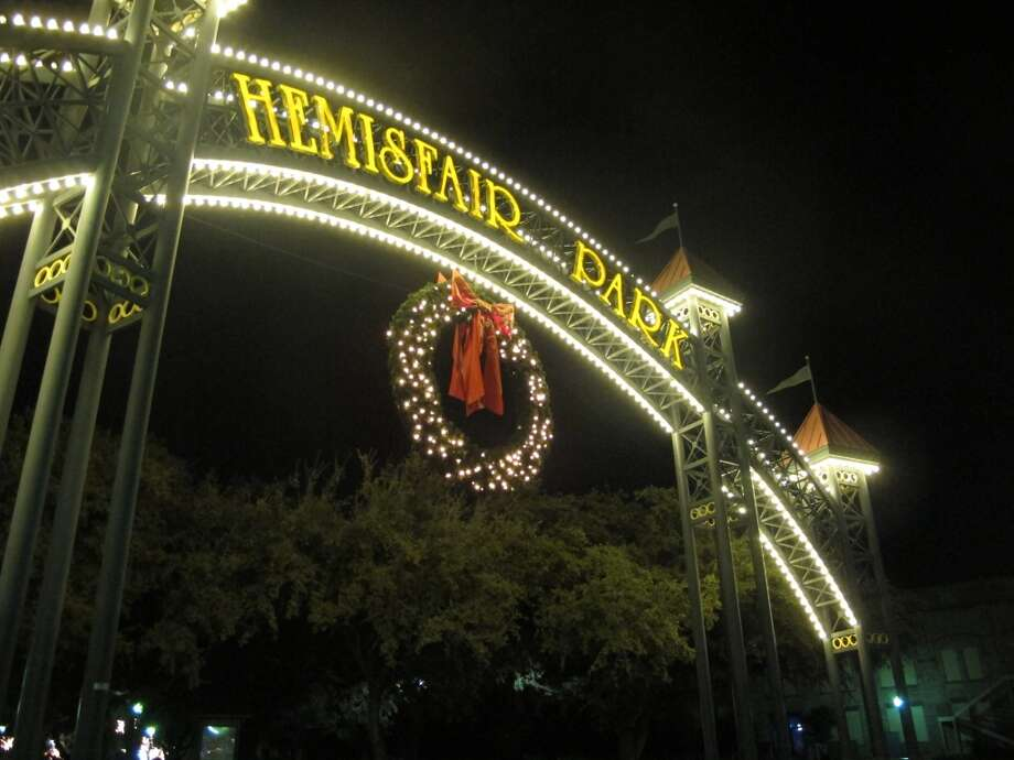 A big wreath welcomes visitors to HemisFair Park.