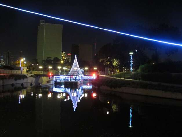 The Museum Reach has its own lighting scheme apart from the main River Walk.