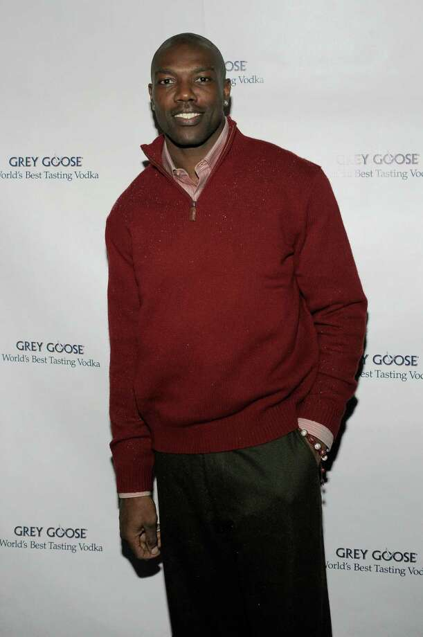 DALLAS, TX - FEBRUARY 03:  NFL player Terrell Owens attends the GREY GOOSE Lounge Series at Super Bowl hosted by Terrell Owens at the GREY GOOSE Lounge on February 3, 2011 in Dallas, Texas.  (Photo by Charley Gallay/Getty Images for GREY GOOSE) Photo: Charley Gallay / 2011 Getty Images