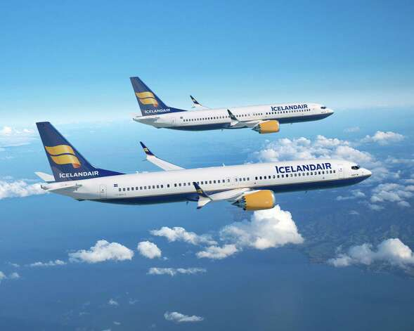 An artist's depiction of Icelandair Boeing 737 MAX 8 and 9 airliners. Photo: Ed Turner / The Boeing Company