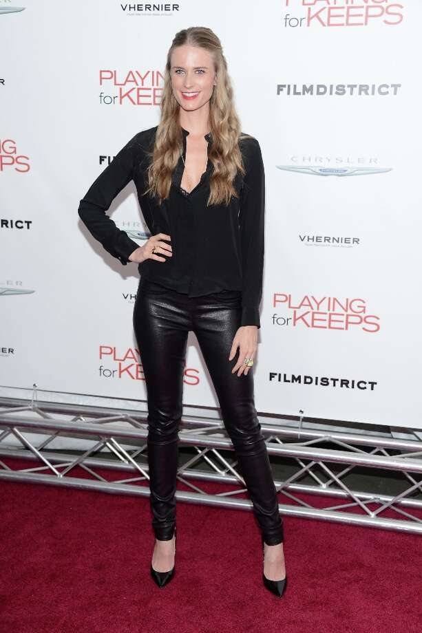 Model Julie Henderson attends FilmDistrict and Chrysler with the Cinema Society Premiere of Playing For Keeps at AMC Lincoln Square Theater on December 5, 2012 in New York City.  (Photo by Andrew H. Walker/Getty Images) Photo: Andrew H. Walker, Getty Images / 2012 Getty Images