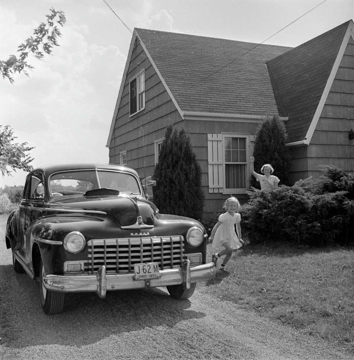 19. 44507: Located at Youngstown, Ohio, this ZIP code is home to 1,433 families where the median family income is more than $20,372. The photo above pictures the home and family of a Youngstown steelworker in 1950. According to the caption, he was making about $3,800 a year then - equivalent to $36,500 now.