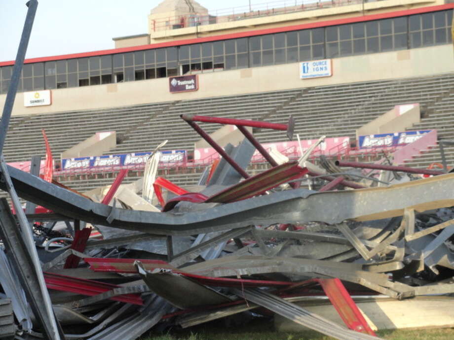 Robertson Stadium will be demolished to begin construction on a new stadium that will open in time for the 2014 season. (Joseph Duarte / Chronicle)