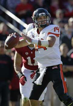 Oregon State quarterback Cody Vaz (14) against Stanford during the first half  of an NCAA college football game in Stanford, Calif., Saturday, Nov. 10, 2012. (AP Photo/Jeff Chiu) Photo: Jeff Chiu, Associated Press / AP
