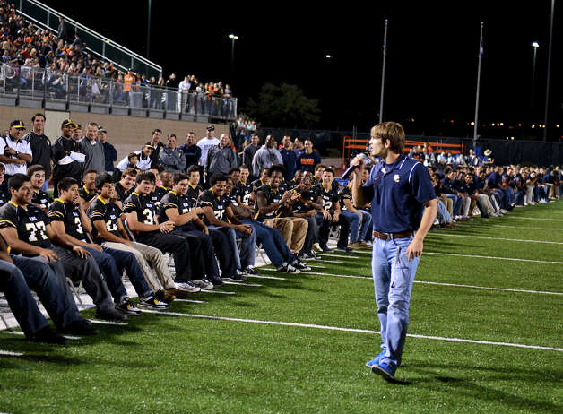 O'Connor team captain Luke Farmer gives an inspirational speech during a NISD three school football playoff pep rally for Brandeis, Brennan and O'Connor at Farris Stadium in San Antonio, Thursday, December 6, 2012.