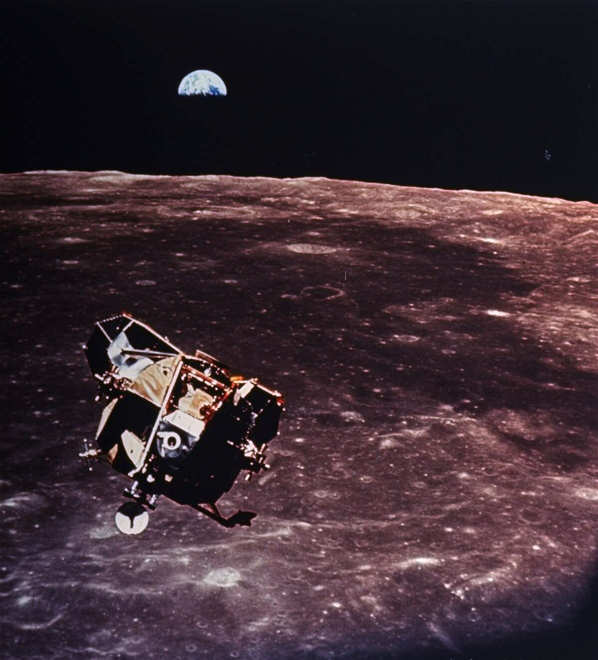 PHOTOS: Major moon landing hoax myths explained Even nearly 50 years on there is a not-so-small faction of people who believe that man never visited the moon and that the whole thing was faked from Apollo 11 until Apollo 17. Click through to read why some of the myths just aren't true...