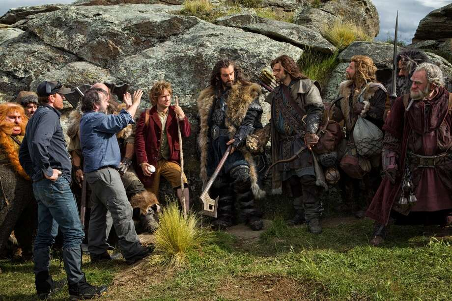 (L-r) STEPHEN HUNTER, JAMES NESBITT, crew member, director PETER JACKSON, MARTIN FREEMAN, RICHARD ARMITAGE, AIDAN TURNER, DEAN O'GORMAN, WILLIAM KIRCHER and MARK HADLOW on the set of the fantasy adventure €œTHE HOBBIT: AN UNEXPECTED JOURNEY,€ a production of New Line Cinema and Metro-Goldwyn-Mayer Pictures (MGM), released by Warner Bros. Pictures and MGM.
