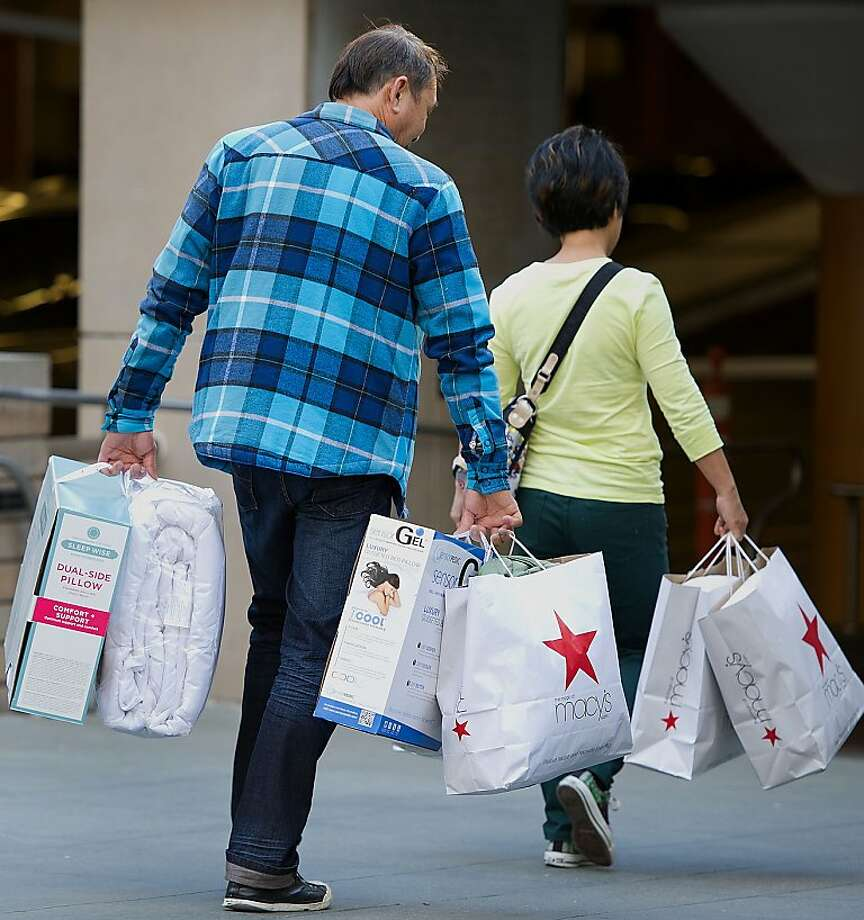 Most Macy's stores will stay open for two days straight for all the last-minute Christmas shoppers. Photo: David Paul Morris, Bloomberg