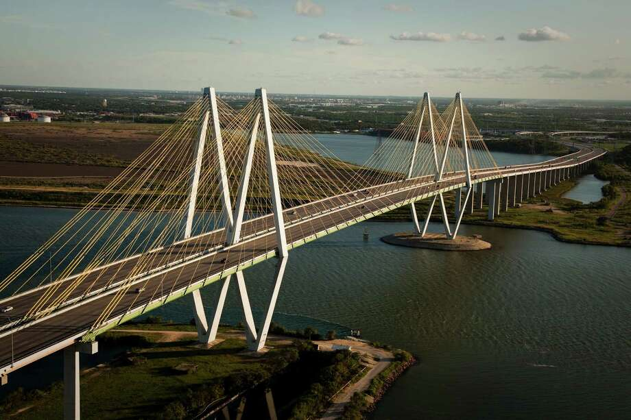 Channel industries could be protected by levees and a structure near the Hartman Bridge that could be closed during a surge. Photo: Smiley N. Pool, Staff / Houston Chronicle