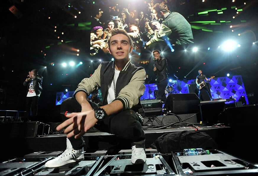 Singer Nathan Sykes and the rest of the group The Wanted perform at Z100's Jingle Ball 2012 presente