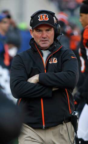 Bengals defensive coordinator Mike Zimmer, who ran the Cowboys' unit from 2000-06, wants to be a head coach.  David Kohl/Associated Press Photo: David Kohl, Associated Press / FR51830 AP